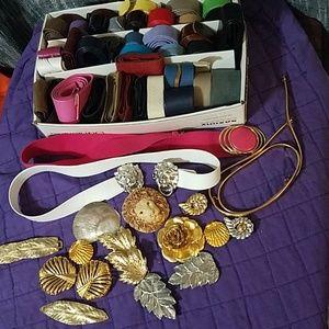 Vintage charmant belt collection